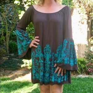 Yahada long sleeve brown and turquoise trim dress